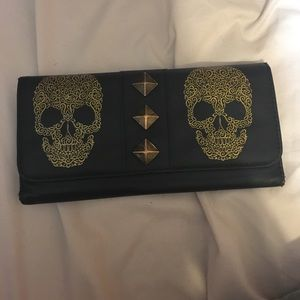 Skull Wallet 💀